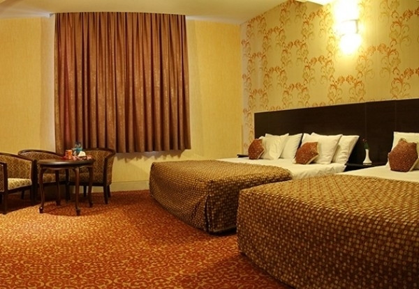 هتل باباطاهر