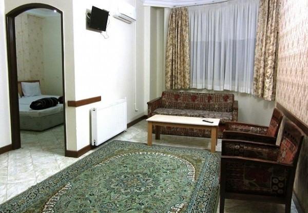 هتل آپارتمان تخت طاووس